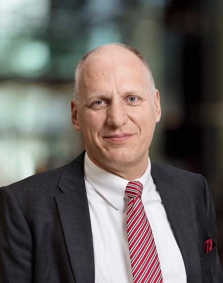 Portrait Guus Dekkers