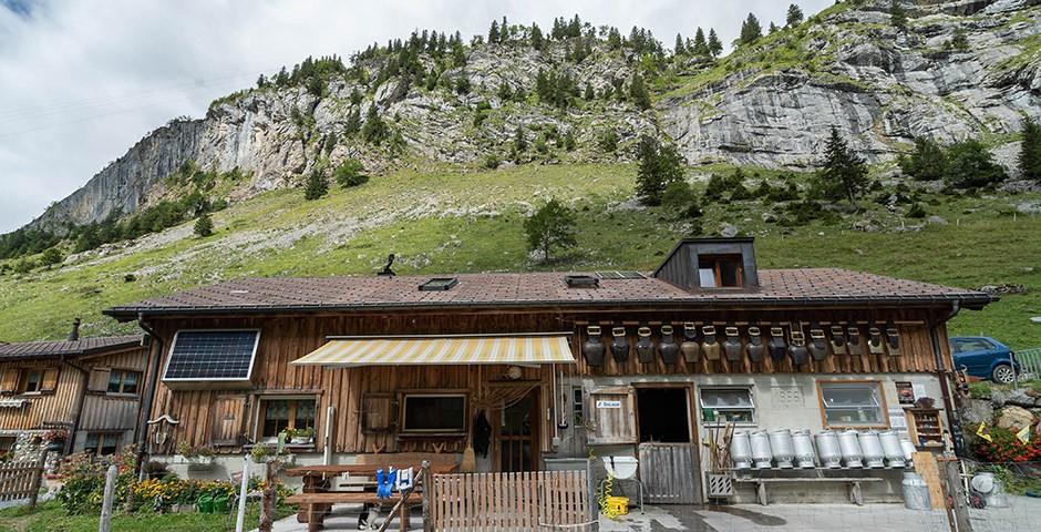 Häuschen vor dem Berg