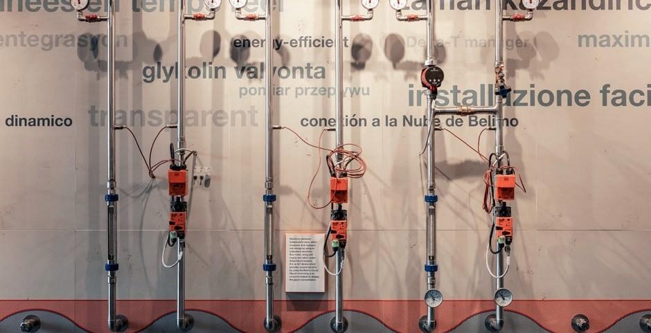 Tubi di metallo con strumenti di misurazione