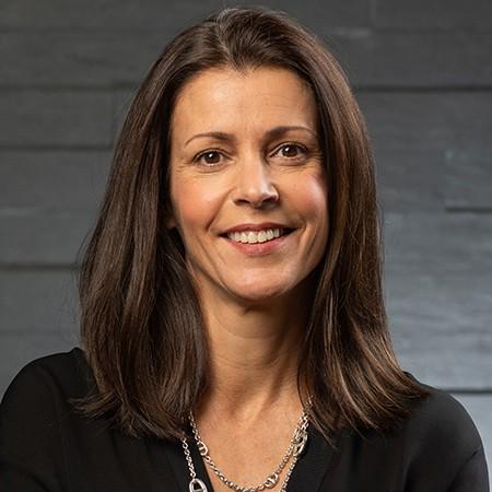 Stephanie Borge