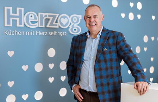 Raphael Herzog, Leiter Finanzen/IT bei Herzog Küchen