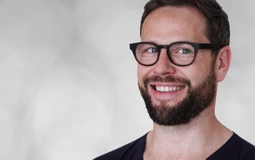 Niklaus Baer, Head of Communications, Mann, Profilfoto